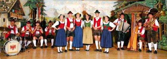 folklore shows in Innsbruck